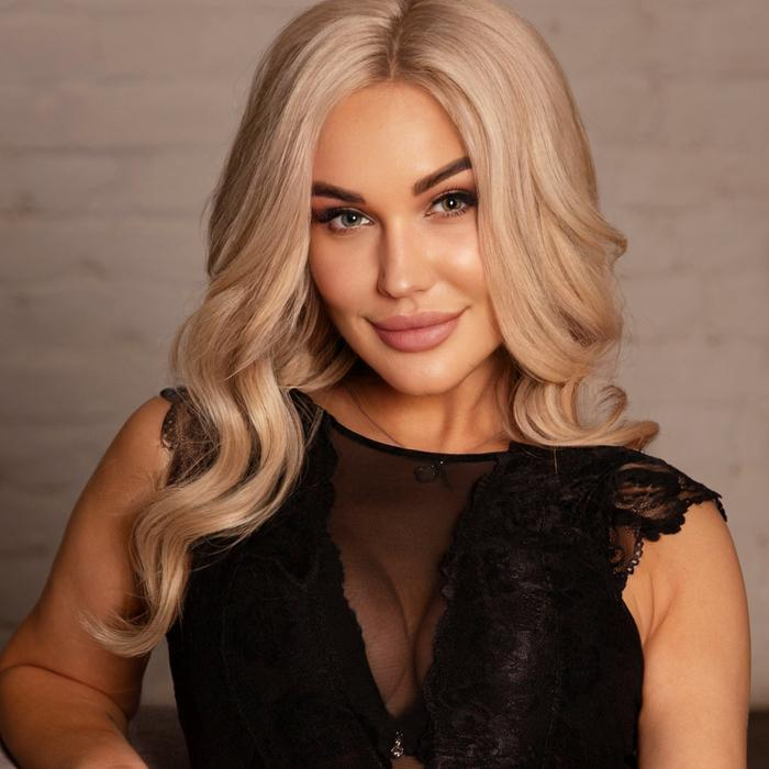 Single girlfriend Elena, 37 yrs.old from St. Petersburg, Russia
