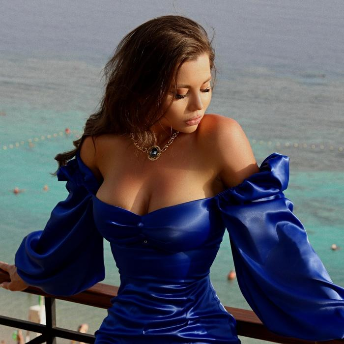 Gorgeous girlfriend Lubov, 33 yrs.old from St. Petersburg, Russia