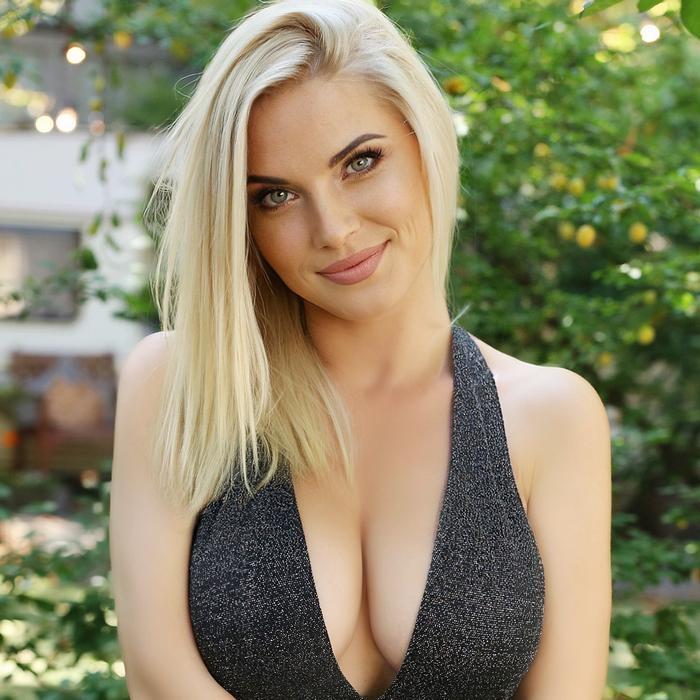 Sexy girlfriend Anna, 36 yrs.old from Kiev, Ukraine