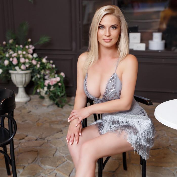 Single mail order bride Anna, 36 yrs.old from Kiev, Ukraine