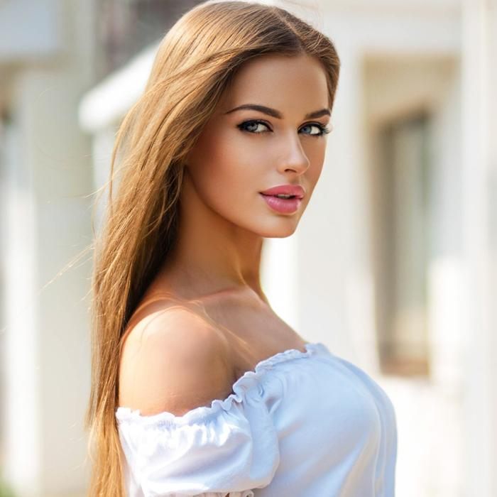 Pretty girlfriend Vladislava, 24 yrs.old from Berdyansk, Ukraine