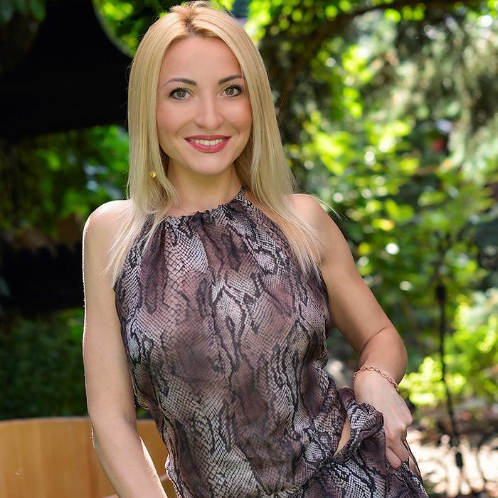 hot mail order bride Elena, 34 yrs.old from Kharkov, Ukraine