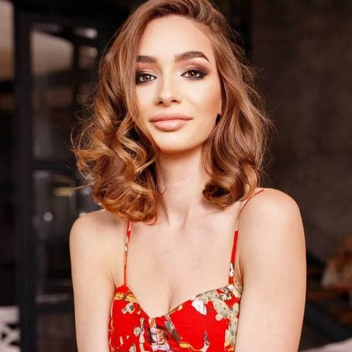 beautiful girlfriend Adriana, 27 yrs.old from Kiev, Ukraine
