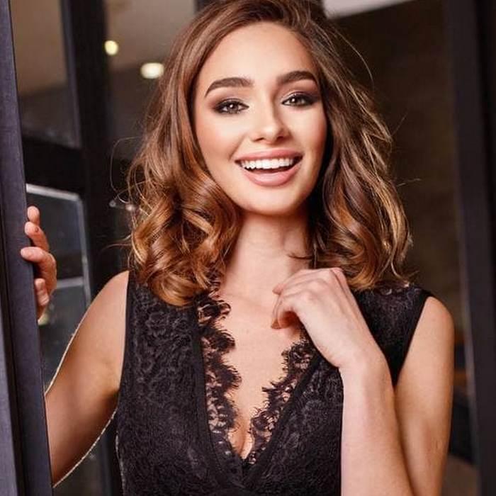 Charming miss Adriana, 27 yrs.old from Kiev, Ukraine