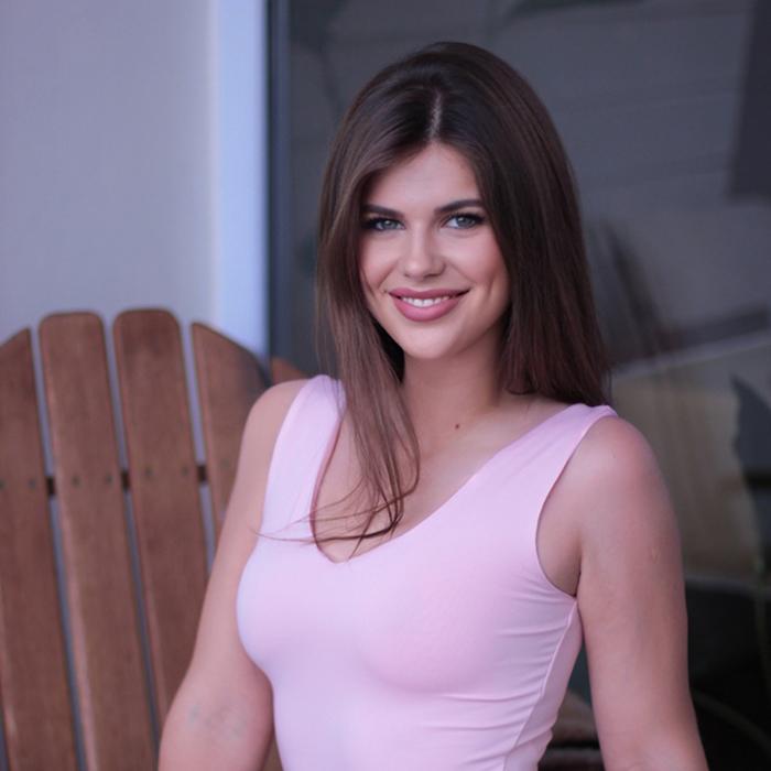Gorgeous lady Anna, 22 yrs.old from Kiev, Ukraine