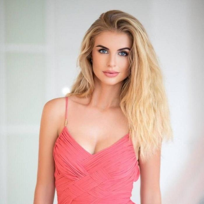 Sexy mail order bride Ludmila, 35 yrs.old from Kyev, Ukraine