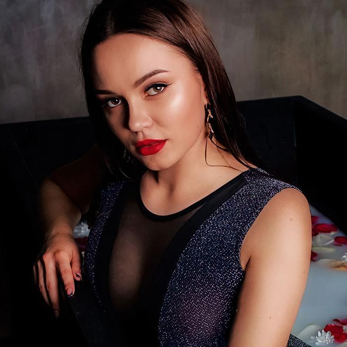Pretty girl Viktoriya, 23 yrs.old from Lviv, Ukraine