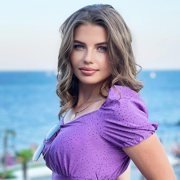 Hot mail order bride Darina, 32 yrs.old from Kiev, Ukraine