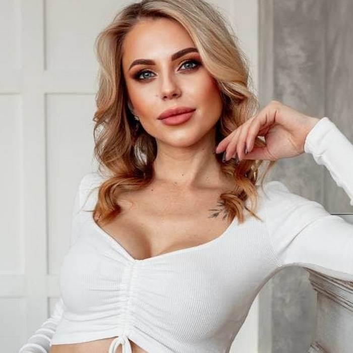Gorgeous lady Valentina, 33 yrs.old from Khabarovsk, Russia