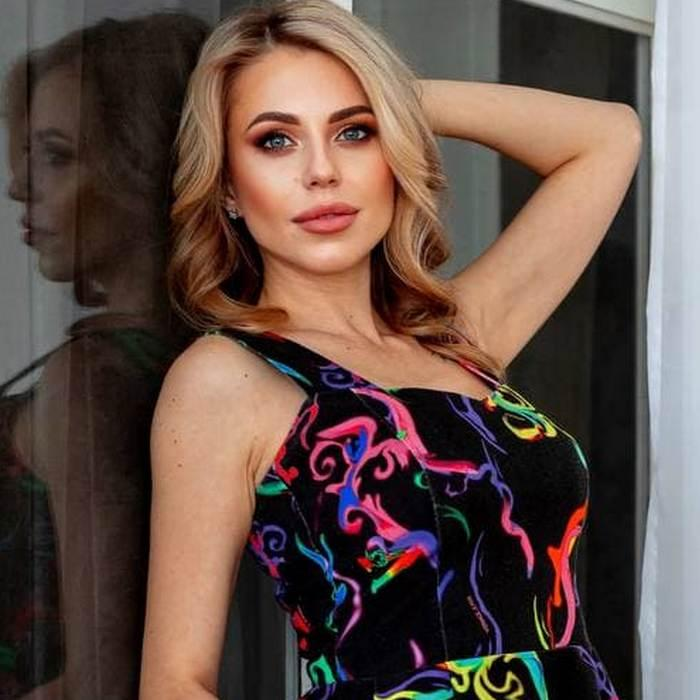 Amazing miss Valentina, 33 yrs.old from Khabarovsk, Russia