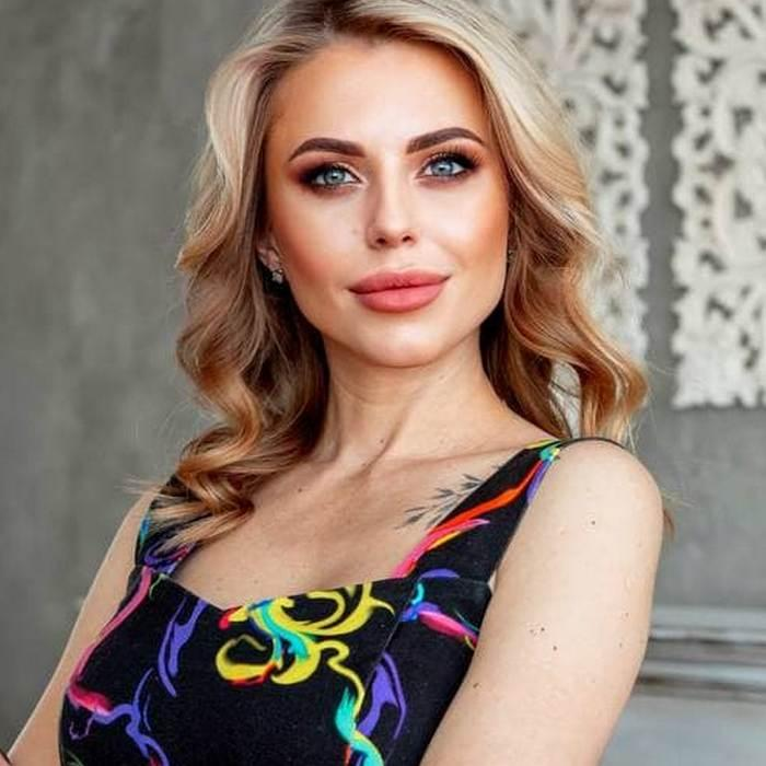 Pretty girlfriend Valentina, 33 yrs.old from Khabarovsk, Russia
