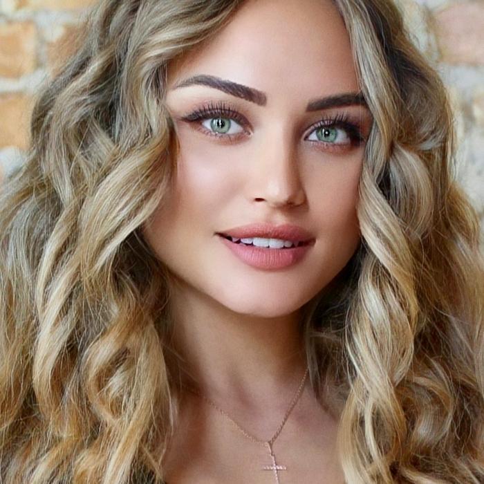 Hot wife Alena, 24 yrs.old from Kiev, Ukraine