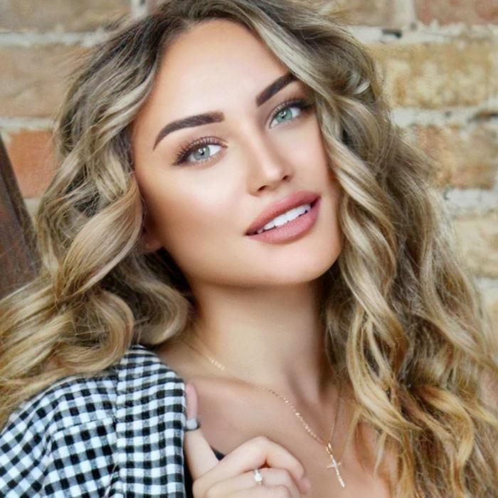 Hot girlfriend Alena, 24 yrs.old from Kiev, Ukraine